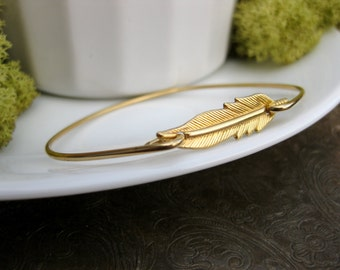 Gold Leaf Bangle Bracelet, Gold Leaf Bracelet, Leaf Bangle, Gold Bangle bracelet, Gold Jewelry, Leaf Jewelry, Leaf Bracelet