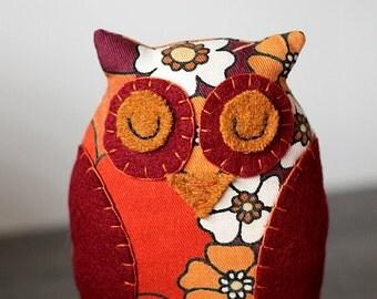 Oliver Owl softie - vintage fabric