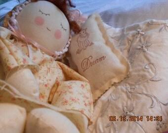 Cloth Doll Handmade Sleeping Baby Rag Doll (Brunette)