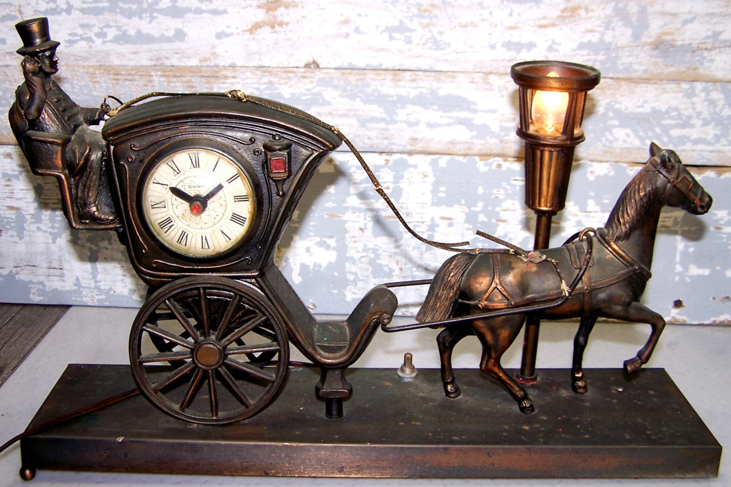Horse And Carriage Clock And Lamp Vintage United Model 701
