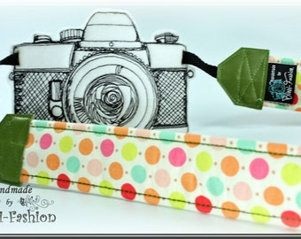 Camera strap, camerastrap, DSLR, retro, green dots