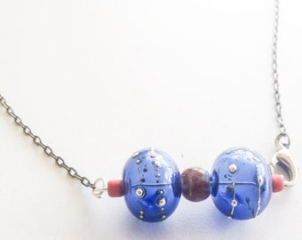 Cobalt blue lampwork necklace, Cute and stunning bow tie look