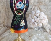 Sugar Skull Mannequin Stand, Mini Dress Form Display,Jewelry Stand, Fabric Bust, Day of the Ded, Necklace Display, Jewelry Organizer, Favor