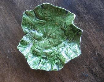 Mojolica leaf dish, ceramic # 7781 / 76