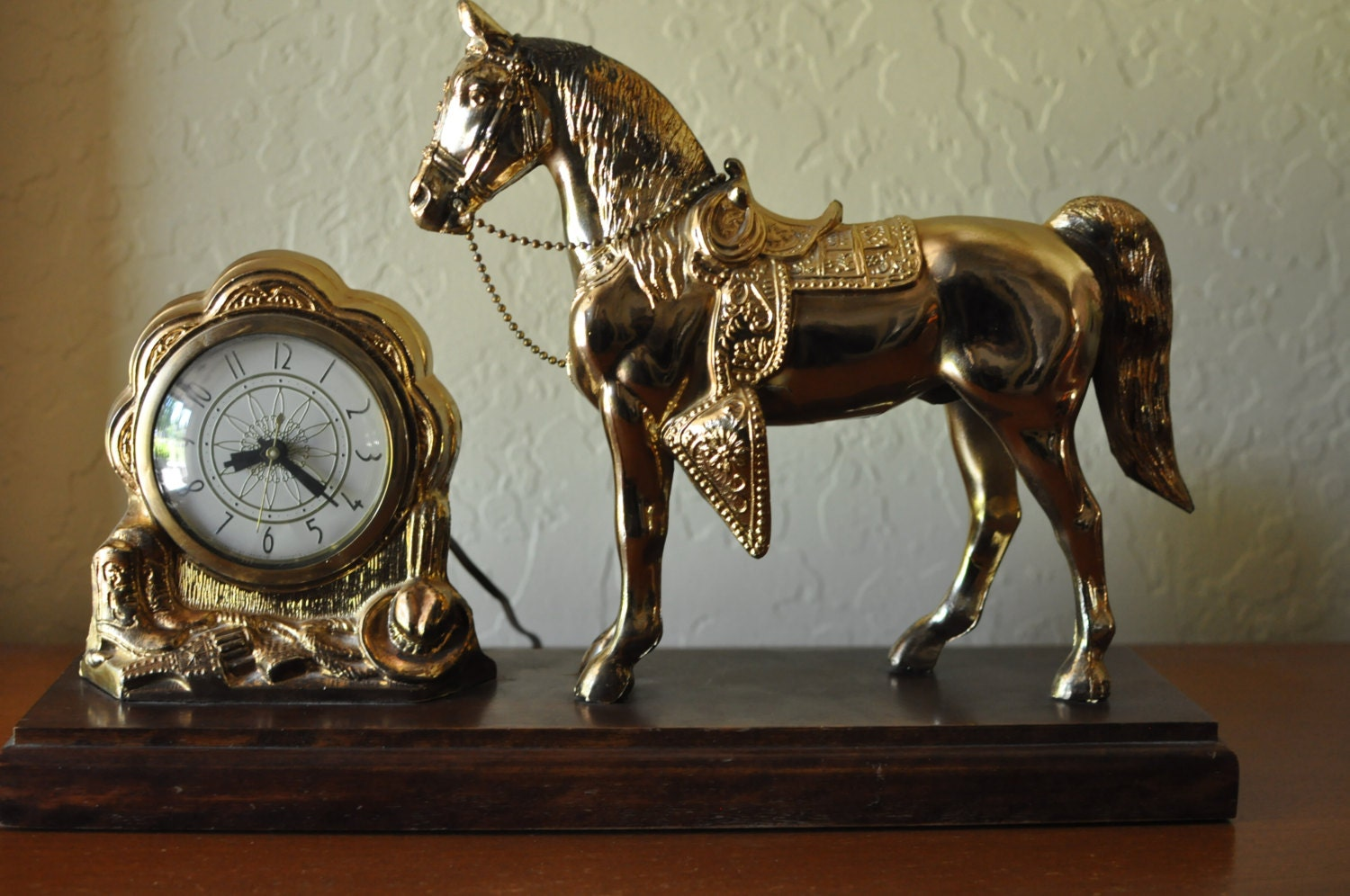 Vintage Horse Mantel Clock Great Working Condition Lanshire