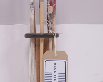 Vintage Spool Paint Brush Holder - Children's accessories