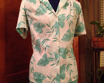 Nice Seventies Polyester Knit White and Green Leaf Shirt