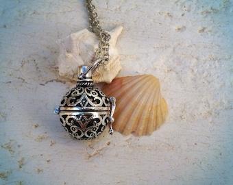 Boho poison locket- boho chic-retro pendant -vintage wedding-poison box necklace-retro pill box necklace -retro poison pendant