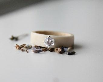 Crystal Antler Ring for Her, Natural Antler Jewelry, Sami Jewelry, Organic Ring , Boho Chic Ring , Gemstone Antler Ring