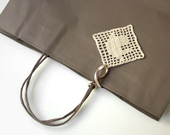 """Gift tag with personalized """"home"""" design, hostess gift ideas"""