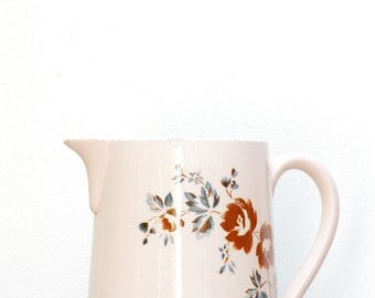 french vintage pink  pitcher Digoin Sarreguemines, shabby chic and french vintage charm