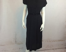 SALE 40s Deco Beaded Velvet Collar Silhouette Dress Gorgeous Modern Medium Fit Button Up Amazing Silhouette Evening Deco Chic Gown