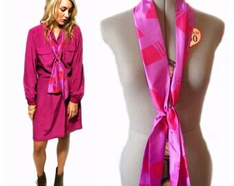 Amazing Vintage Purple & Fuchsia Necktie / Scarf