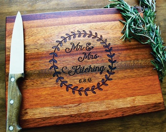 Personalized Cutting Board, Mr. & Mrs. Sign Butcher Block, Established Date, Wreath, Mr. and Mrs. Family Name Sign, Wedding Anniversary Gift