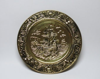 Brass Wall Plate with Ships ~ Made in England ~ Brass Wall Hangings ~ 14 inch ~ Pirate Ship ~ Brass Wall Art