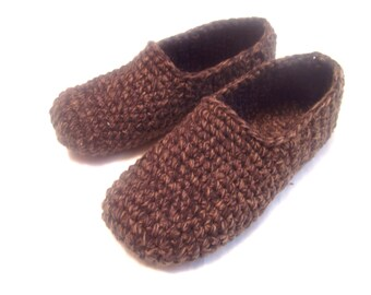 brown crochet men slippers,  house slippers for him, men's crocheted slippers, crochet shoes, birthday gift for friend, gift for father