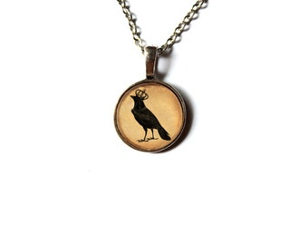 Crow pendant Gothic jewelry Raven necklace Antique style NW62