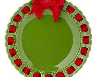 Christmas Green Round Plate ~ Prissy Plate ~ Ribbon Plate Green and Red Christmas Decor