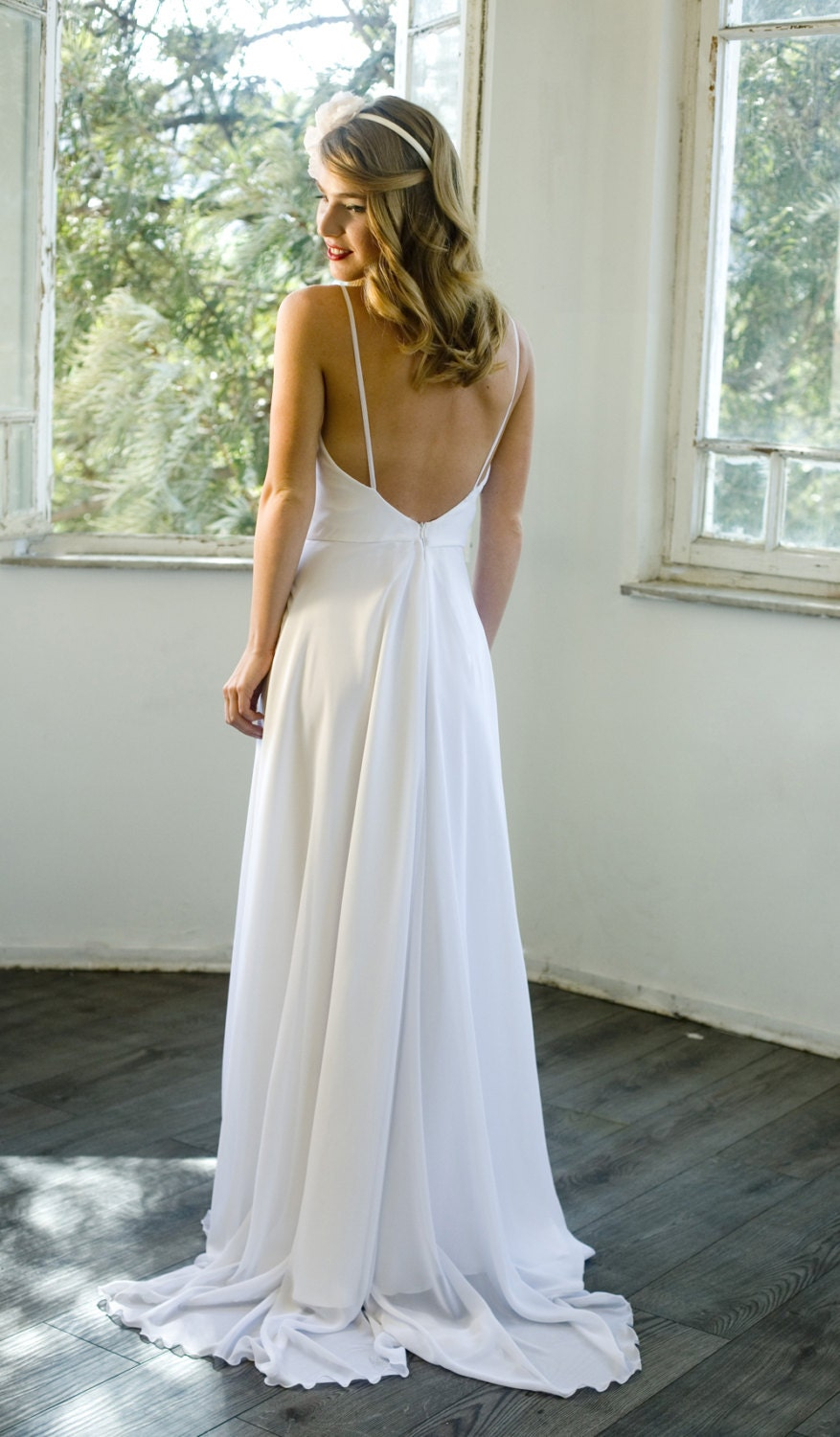 Romantic white chiffon beach wedding dress low back wedding for Beach chiffon wedding dress