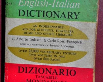 Italian English Dictionary. Mondadori's Pocket Book Dictionary by Alberto Tedeschi & Carlo Rossi Fantonetti. Italiano-Inglese Dizionario.