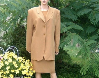 80s Ochre colored Wool Suiting Fully Lined Notched Collar Elongated Suit Jacket by Jones of New York Size 16W