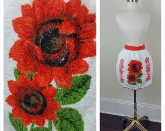 Vintage Floral Apron Poppy White Orange Terry Cloth Housewife Hostess
