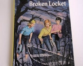 """Yellow Nancy Drew Book """"The Clue of the Broken Locket """" #11 Mystery Stories Book by Carolyn Keene, Children, Fiction, Hardcover"""