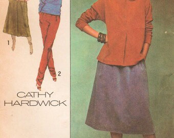 1970s Simplicity 8651 UNCUT Vintage Sewing Pattern Misses Designer Pullover Tops, Skirt, and Pants Size 12 Bust 34