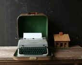 Vintage Typewriter Remington Portable Manual Quiet Riter 1950s From Nowvintage on Etsy
