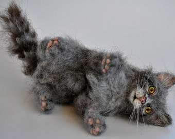Needle felted Animal . Felted Cat . Gray  Kitten. Ready to ship.