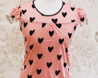 SALE Black & salmon pink heart top tee  S/M