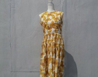 1960s Yellow Gold White Butterfly Print Fit and Flare Dress 60s Vintage Sundress Full Pleated Skirt Medium Large Summer Garden Party Dress