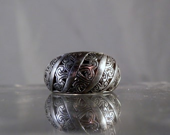Vintage Jewelry Sterling Silver Ring Size 7 Ring Ornate raised filigree designs inside and out with a Makers Mark DanPickedMinerals