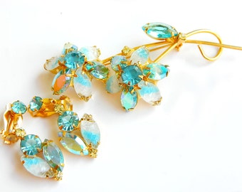 Juliana Aqua Blue Set Brooch And Earrings Collectible Jewelry 1960's High Fashion Verified DeLizza and Elster