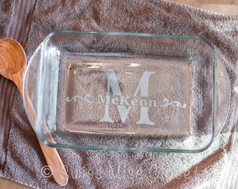 Personalized 9x13 inch 3 Quart Glass Baking Dish Custom Etched MADE in the USA With LID