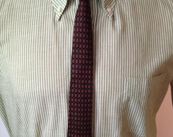 Vintage MENS Beacon hand blocked foulard patterned silk tie, printed in England