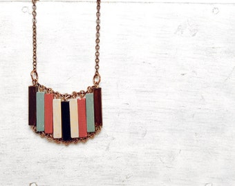 Wood Geometric Necklace // VINTAGE CIRCUS // Minimal Jewelry // Hand-Painted Necklace // Modern Necklaces