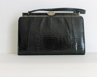 Vintage 1940s Black Lizard Handbag / 1940s Reptile Structured Doctor Satchel Bag Purse