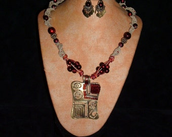 Gypsy Hemp Necklace BlackCherry