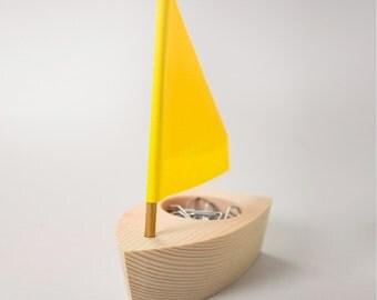 Wooden Desk Boat – Post-It, Sticky Note and Paper Clip Holder – Desk Organizer / Desk Holder/ Office Desktop Organizer
