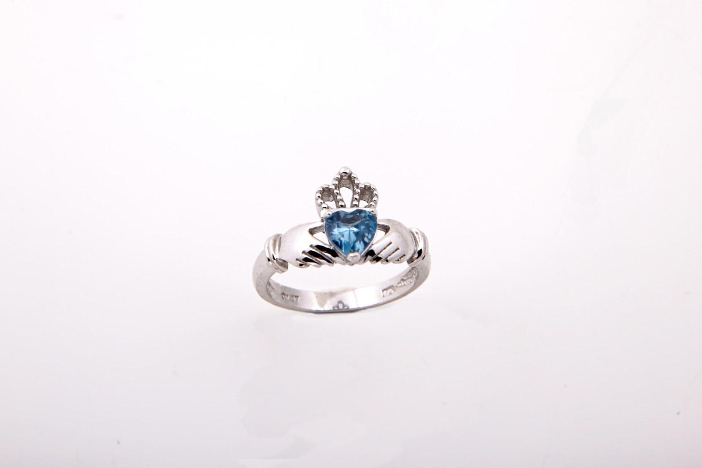 Gold Claddagh Ring Love Symbol Ring Celtic Gold Ring Irish