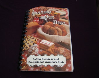 Sharing Our Best Vintage Cook Book