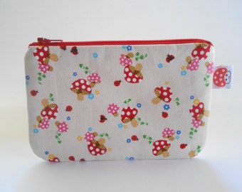 Mushroom print zipper pouch - cute make up bag - kawaii zipper pouch - mushroom bag - mushroom wallet - cute school bag - planner accessorie
