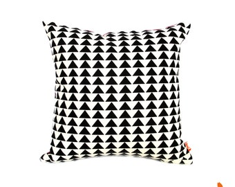 Geometric Pattern 16 Inches Square Pillow