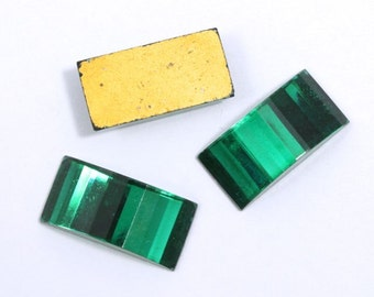 9mm x 18mm Emerald Green Bridge Cabochon #XS27-D