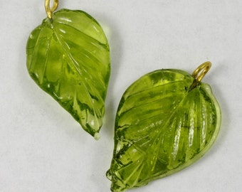24mm Olivine Leaf Dangle #LEA003