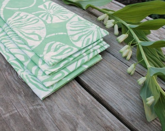 wintergreen mint napkins. lilypad pattern