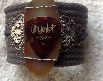 Guitar Pick with an Agate Slice Upcycled Bracelet