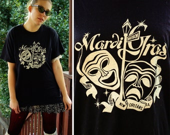 New ORLEANS 1980's Vintage Black & White Cotton T Shirt with Bourbon St. Mardi Gras // size Small Med