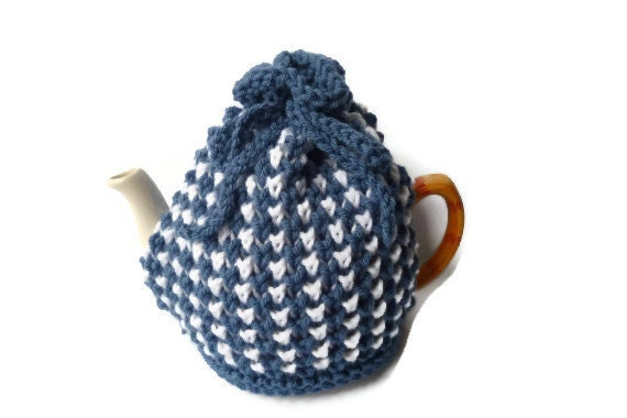 stripe tea cosy cosie knitting pattern pdf file from Trulyscrumptiousknit on ...